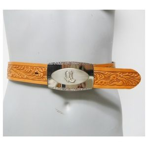 Justin . Cowboy boots buckle & leather belt